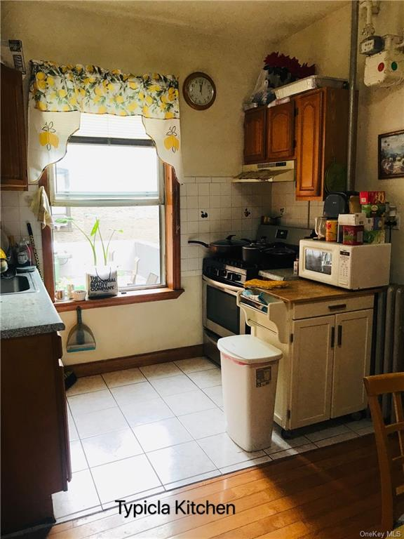 8 Family Building Belmont Avenue  Bronx, NY 10458, MLS-H6070822-19