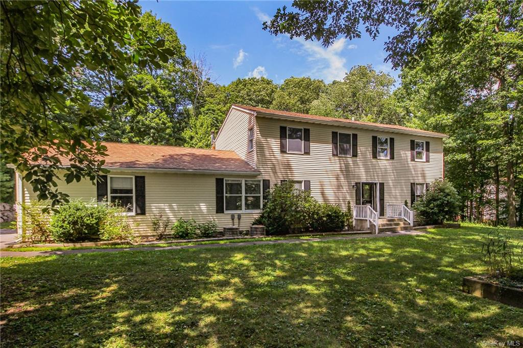 28 Woodcliff Drive, Stormville, NY 12582