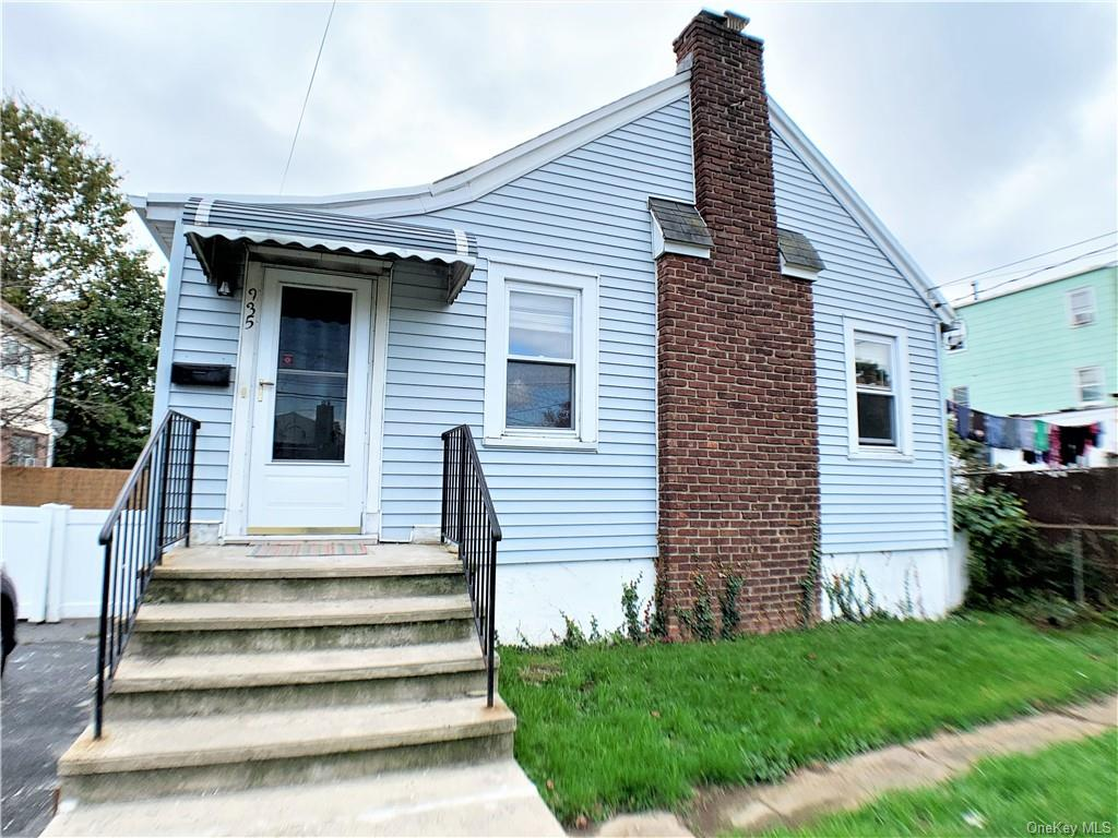 Property for sale at 935 Mile Square Road, Yonkers,  New York 10704