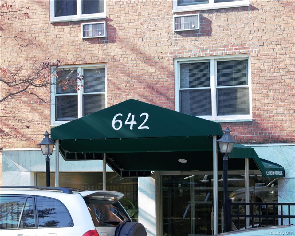 642 Locust Street 6H