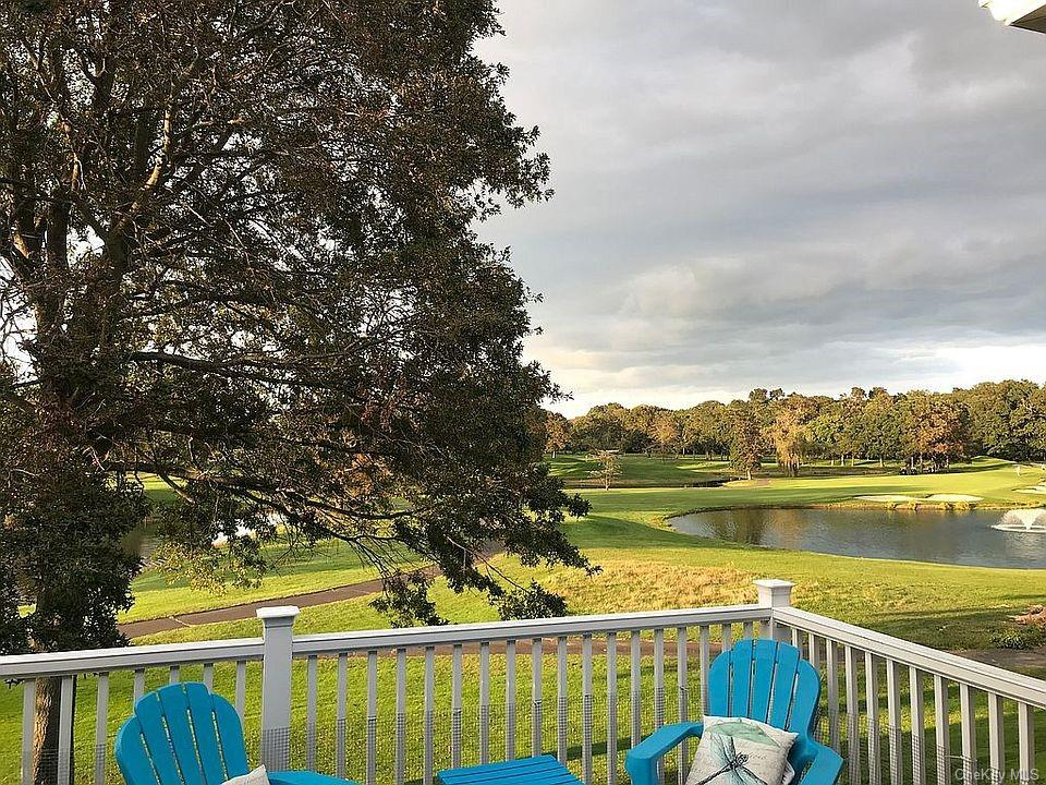 Property for sale at 111 Windwatch Drive, Hauppauge,  New York 11788