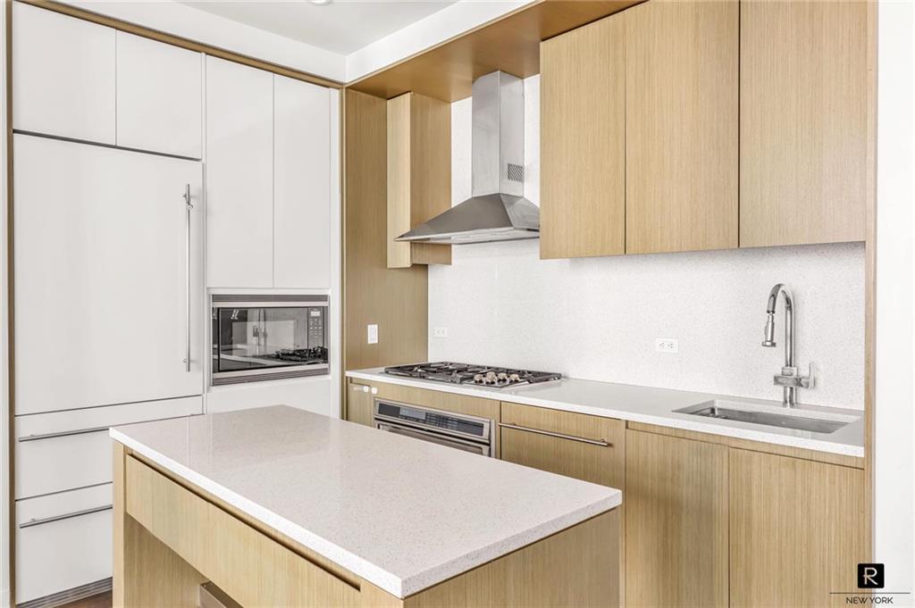 Property for sale at 388 Bridge Street Unit: PH-47D, Brooklyn,  New York 11201