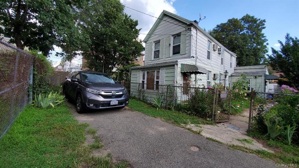 Single Family in Brooklyn - Skidmore Lane  Brooklyn, NY 11236