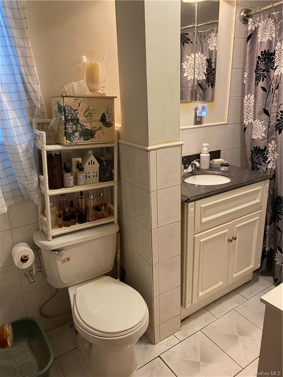 Single Family Skidmore Lane  Brooklyn, NY 11236, MLS-H6084961-4