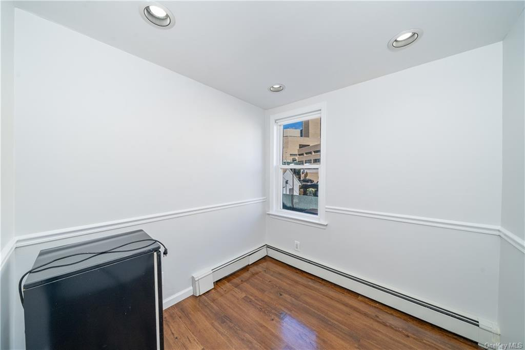 Commercial Lease Hering Avenue  Bronx, NY 10461, MLS-H6086695-12