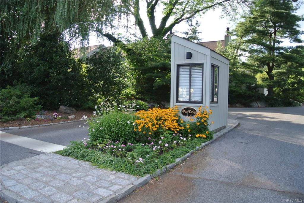 Property for sale at 15 Pineridge Road, Mamaroneck,  New York 10538