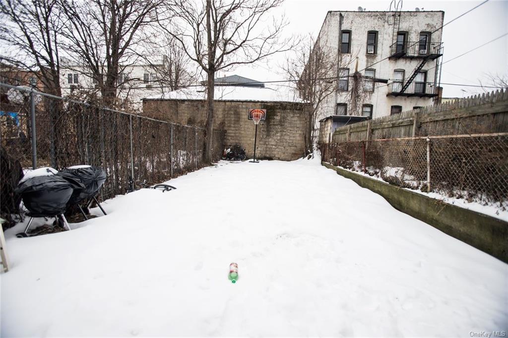 Single Family Ashford Street  Brooklyn, NY 11207, MLS-H6089626-8