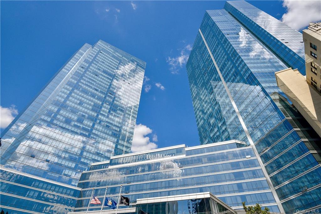 Property for sale at 1 Renaissance Square Unit: 29A, White Plains,  New York 10601