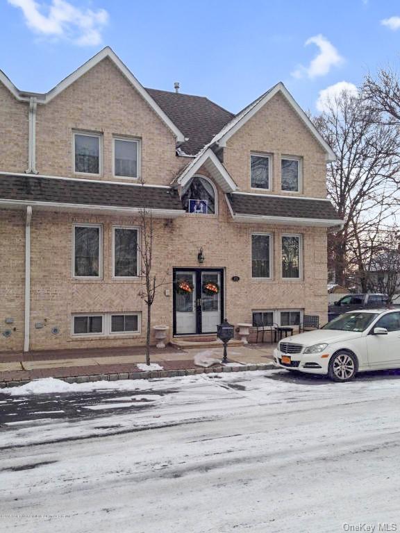 Single Family Junction Court  Staten Island, NY 10306, MLS-H6094483-2