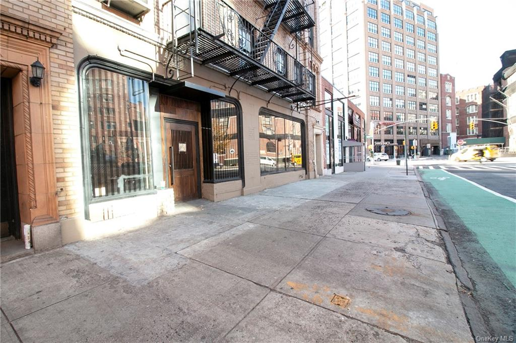 Commercial Lease Carmine Street  Manhattan, NY 10014, MLS-H6094599-2