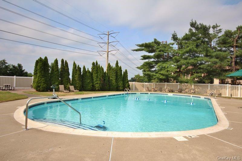 Condo Country Club Lane  Rockland, NY 10970, MLS-H6094700-3