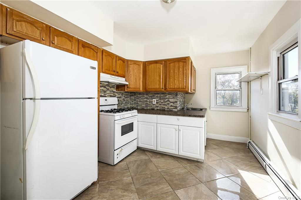 7 Family Building Elm Avenue  Westchester, NY 10550, MLS-H6096604-33