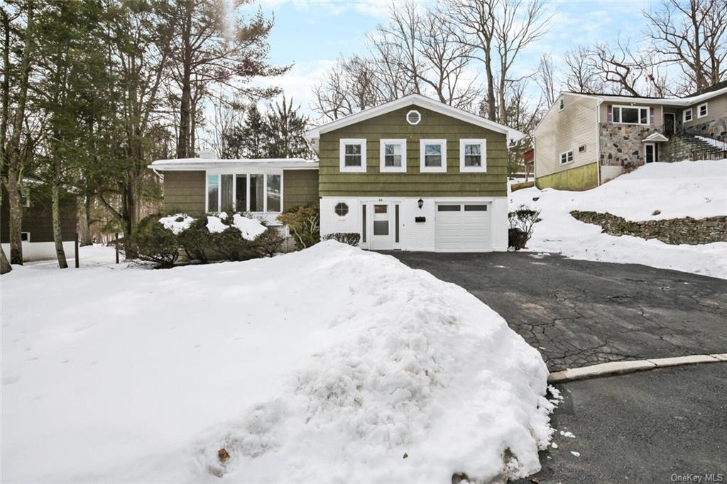 Great oversized split level house located on a cul-de-sac close to Central Ave. & Best Buy. Great location. Walk to Woodlands HS. All large rooms. Nice flat usable backyard. Quiet & secluded. Walk into a foyer w/half bath, then small sitting area, then a large family room w/FP & SGD to backyard on the 1st level. A few steps down to an office/playroom/bonus/zoom room & laundry/storage. Upstairs half a flight to a large LR w/bay window, DR, & EIK. Upstairs another half a flight to Main BR Suite w/Bath & WIC, 2nd large BR w/bath, & 2 BR's & a hall bath. Lots of space to spread out & enjoy. Great price. This one won't last. Show it quickly.