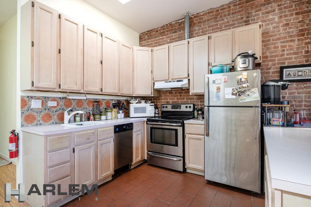 Single Family 119th Street  Manhattan, NY 10026, MLS-H6097424-11
