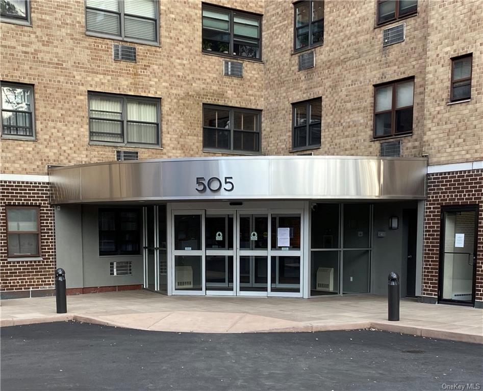 505 Central Avenue 109, White Plains, NY 10606
