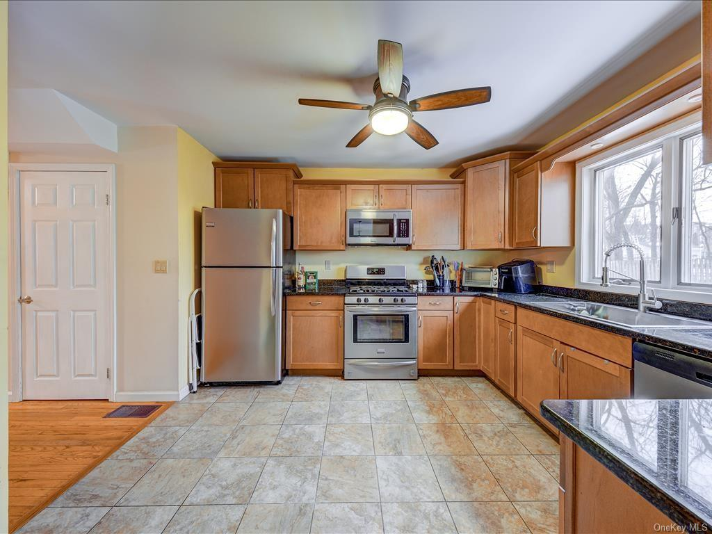 2 Vista Court, Ossining, NY 10562