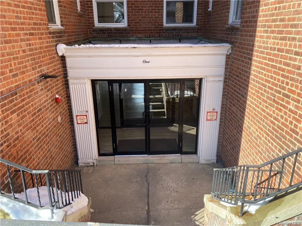 1 Hawley Terrace 1G, Yonkers, NY 10701