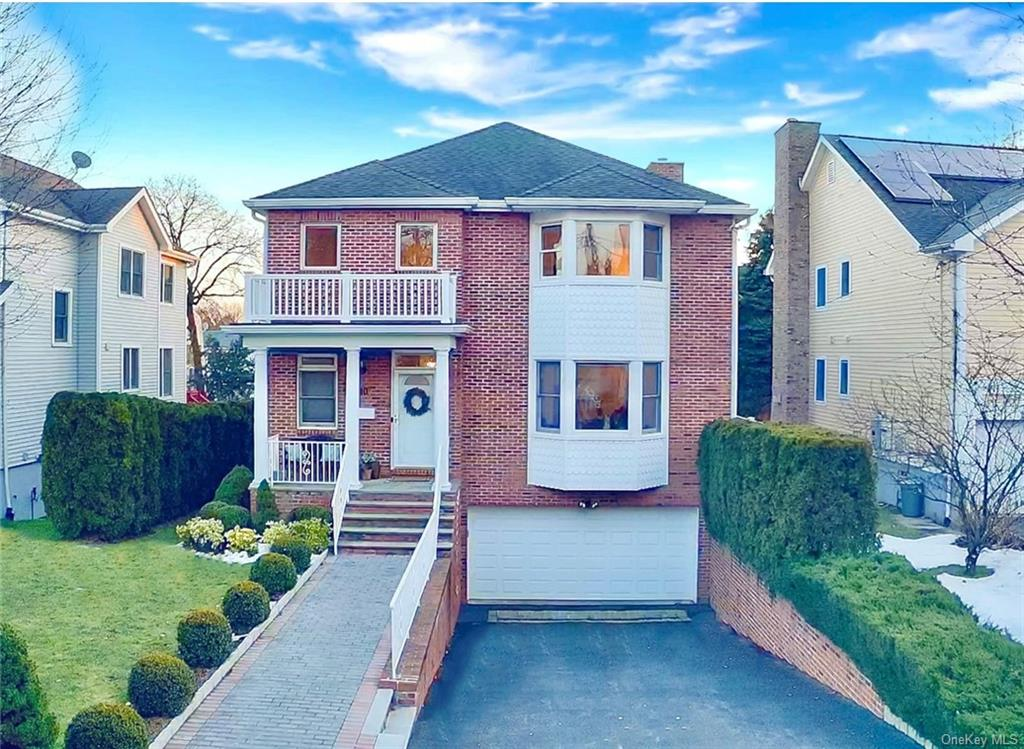 10 Homestead Avenue, Scarsdale, NY 10583