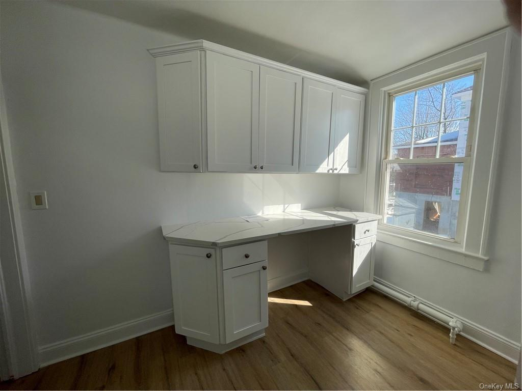 Freshly renovated 2 bedroom Apartment on second floor with a balcony and street parking. Clean and bright with new floors, new kitchen cabinets with quartz countertops.Entire apartment fresh paint.