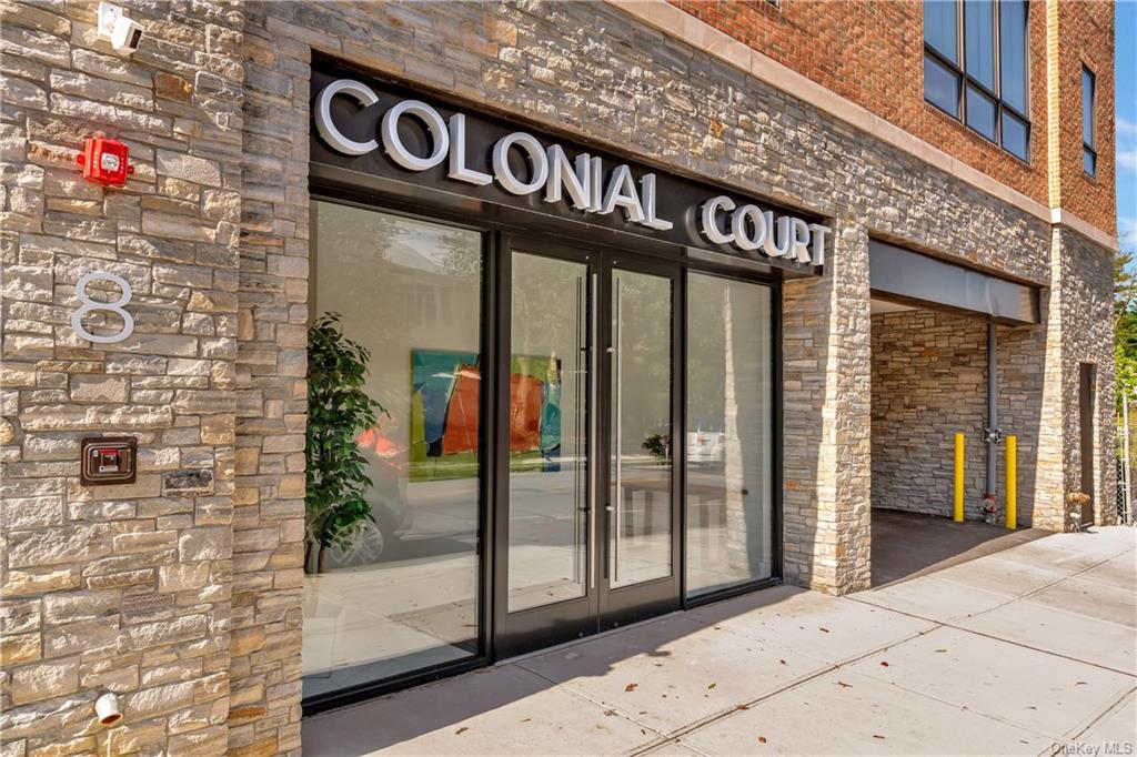 Property for sale at 8 Boulevard W Unit: PH2, Pelham,  New York 10803