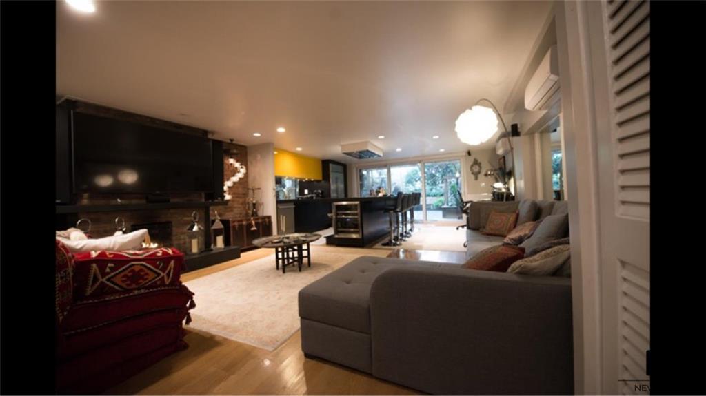 245 W 24th Street Chelsea New York NY 10011