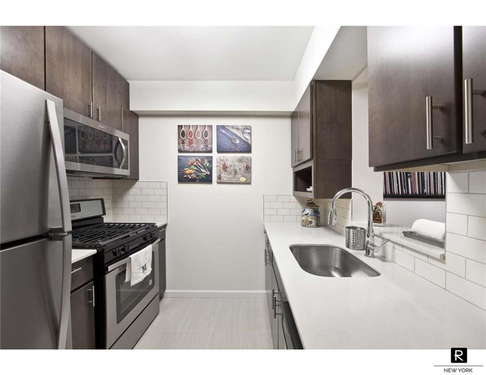 2763 Morris Avenue Bronx NY 10468