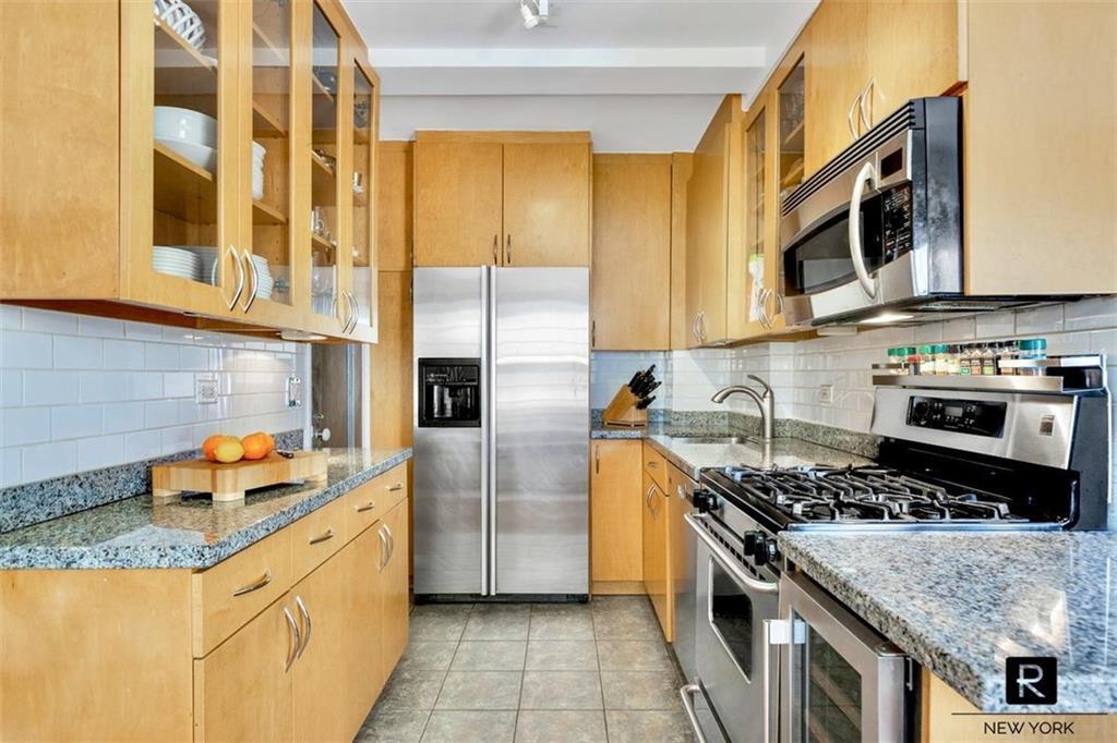 230 W End Avenue New York NY 10023