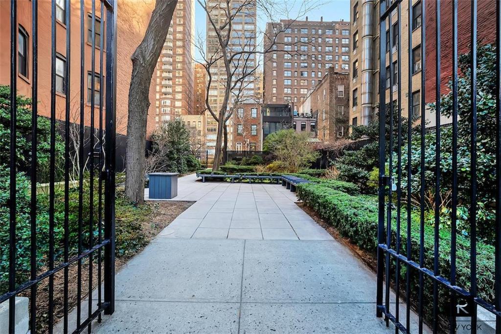 400 E 59th Street New York NY 10022