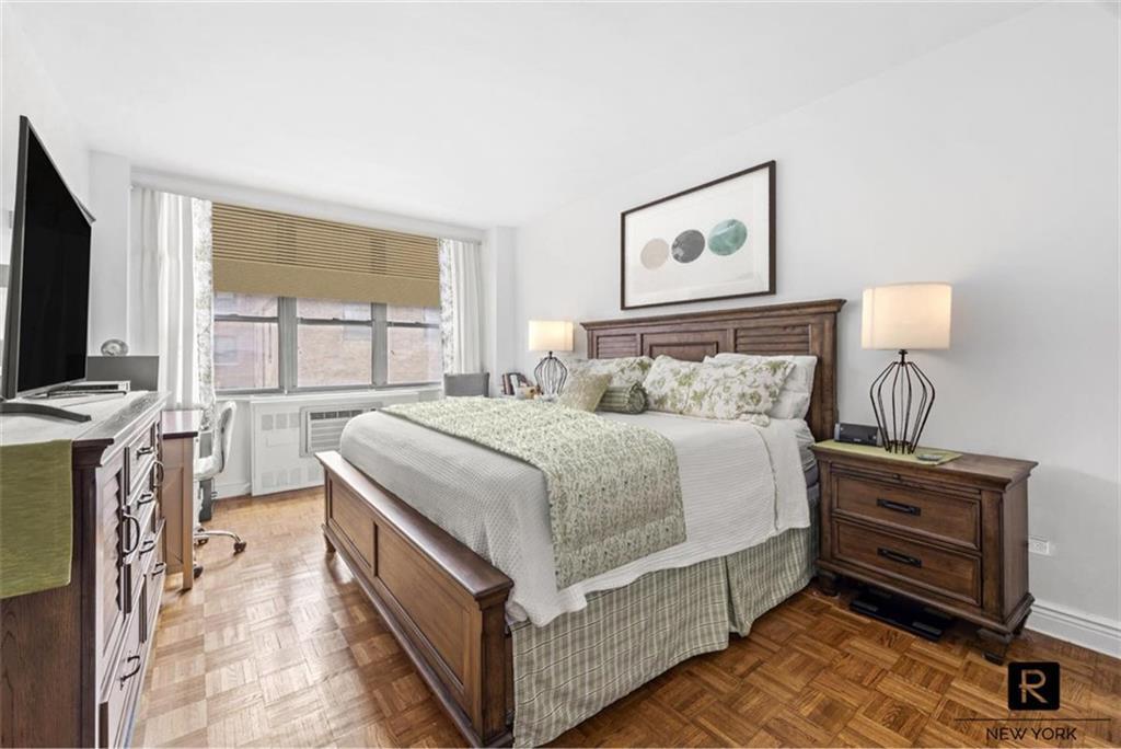 136 E 76th Street New York NY 10021