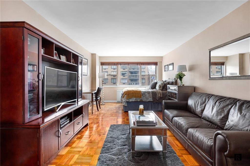 165 E 32nd Street Kips Bay New York NY 10016