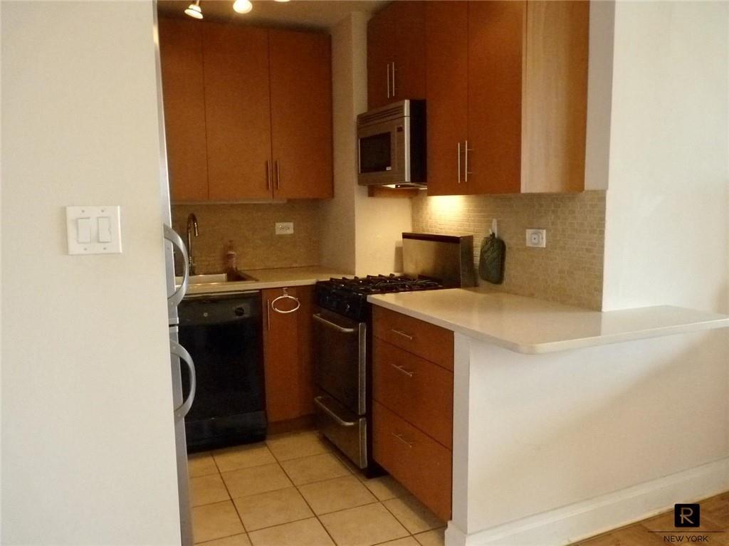 37-31 73rd Street Jackson Heights Jackson Heights NY 11372