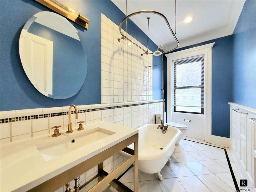 37 W 94th Street New York NY 10025