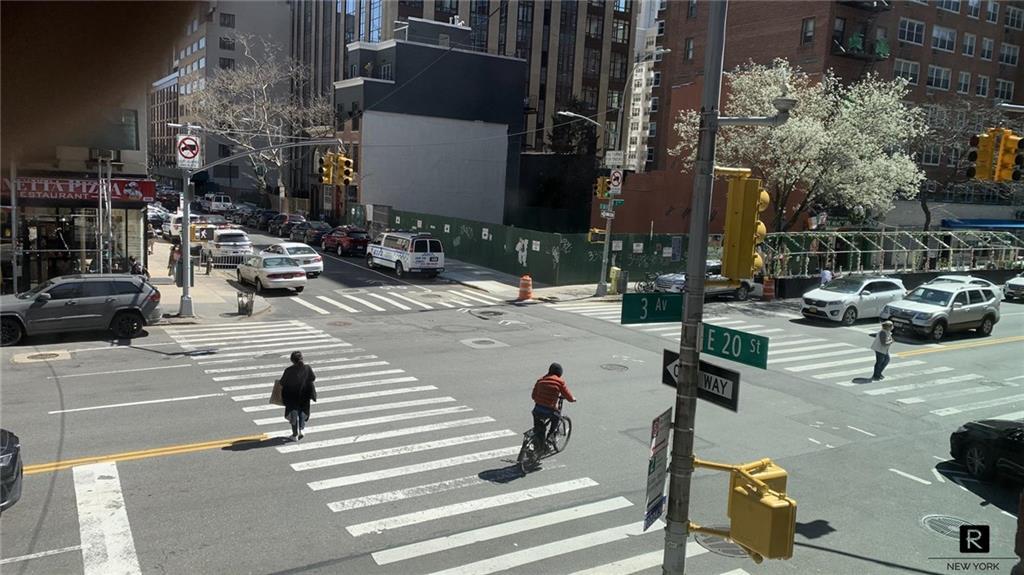 151 E 20th Street New York NY 10003