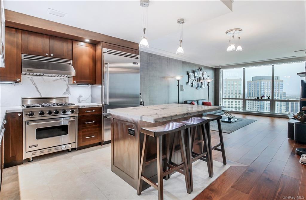 Property for sale at 1 Renaissance Square Unit: V7B, White Plains,  New York 10601