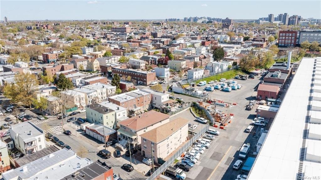 6 Family Building Barnes Avenue  Bronx, NY 10462, MLS-H6111563-23