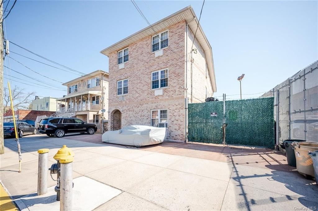 6 Family Building Barnes Avenue  Bronx, NY 10462, MLS-H6111563-2