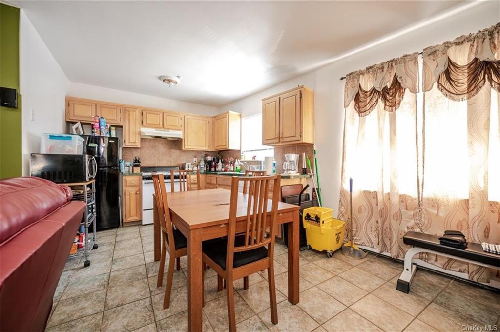 6 Family Building Barnes Avenue  Bronx, NY 10462, MLS-H6111563-6