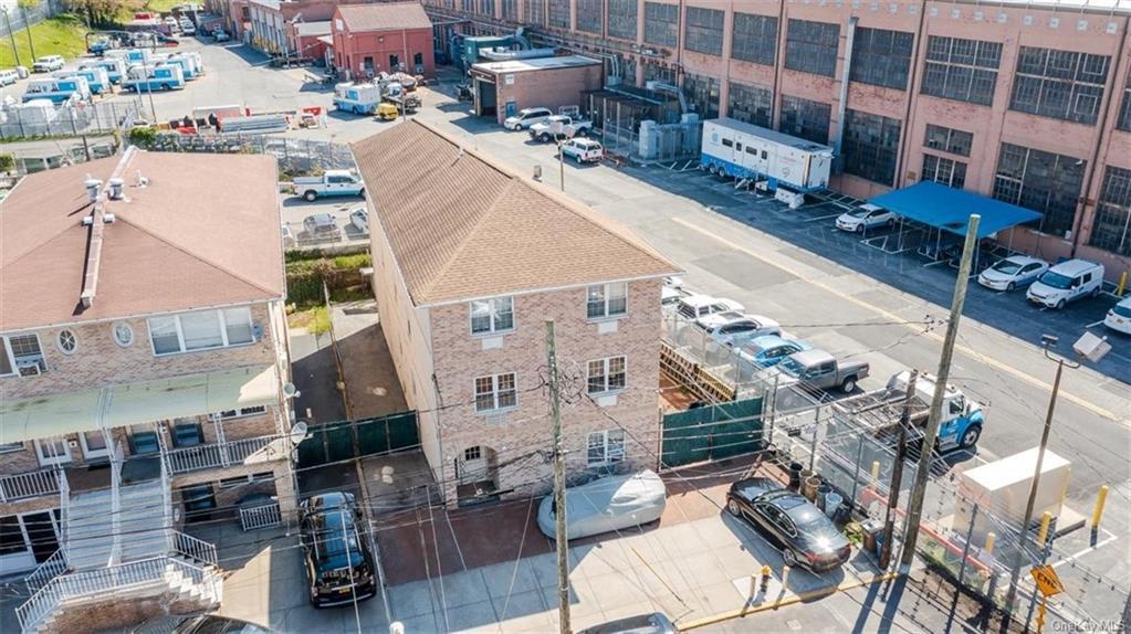 6 Family Building Barnes Avenue  Bronx, NY 10462, MLS-H6111563-17