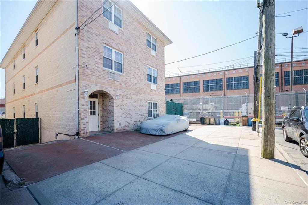 6 Family Building Barnes Avenue  Bronx, NY 10462, MLS-H6111563-16