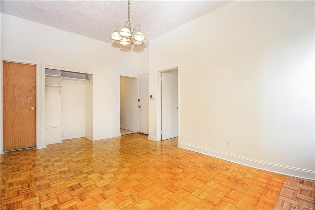 Residential Lease 122 Street  Manhattan, NY 10027, MLS-H6113710-4