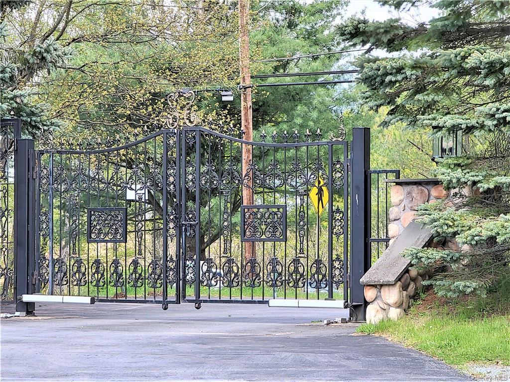 29 Horseshoe Lake Road Out of NYC Bethel NY 12749