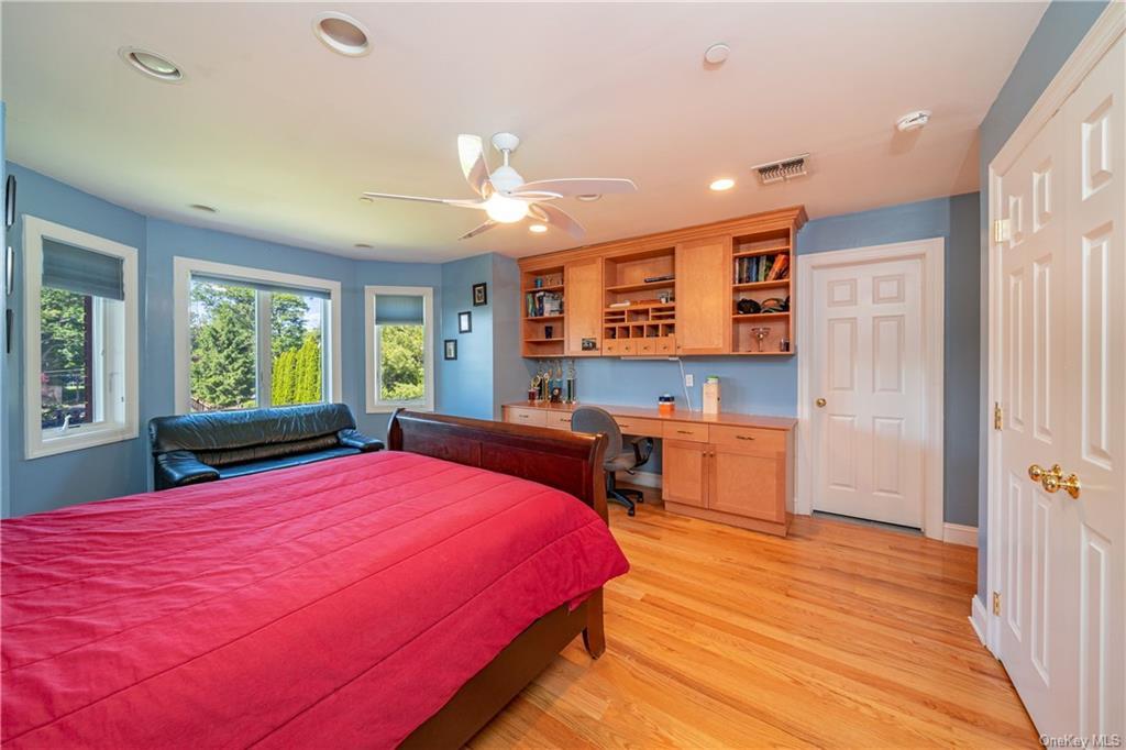 Single Family Vandalay Court  Westchester, NY 10583, MLS-H6119541-27