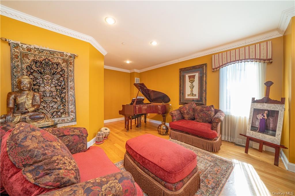Single Family Vandalay Court  Westchester, NY 10583, MLS-H6119541-21