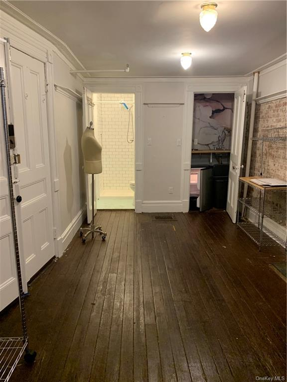 Residential Lease in New York - 131st Street  Manhattan, NY 10027