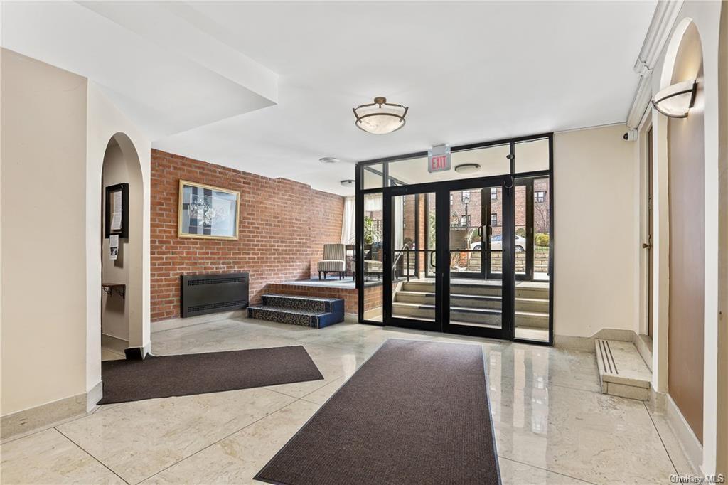 636 N Terrace Avenue