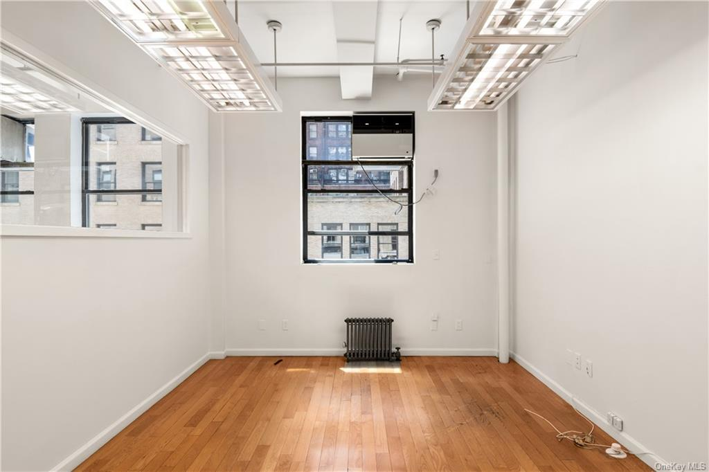 Commercial Lease 37th Street  Manhattan, NY 10018, MLS-H6137860-2