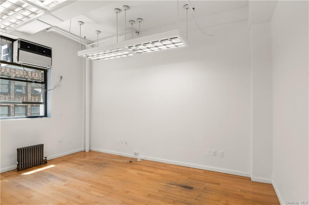 Commercial Lease 37th Street  Manhattan, NY 10018, MLS-H6137860-3