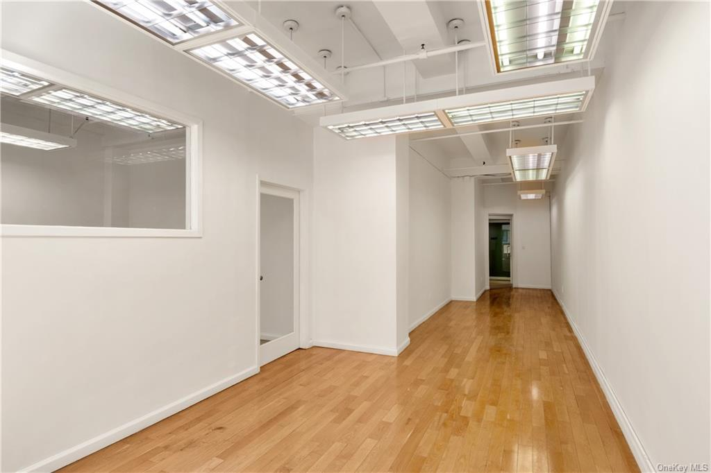 Commercial Lease 37th Street  Manhattan, NY 10018, MLS-H6137860-4