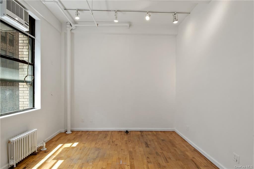 Commercial Lease 37th Street  Manhattan, NY 10018, MLS-H6137865-3
