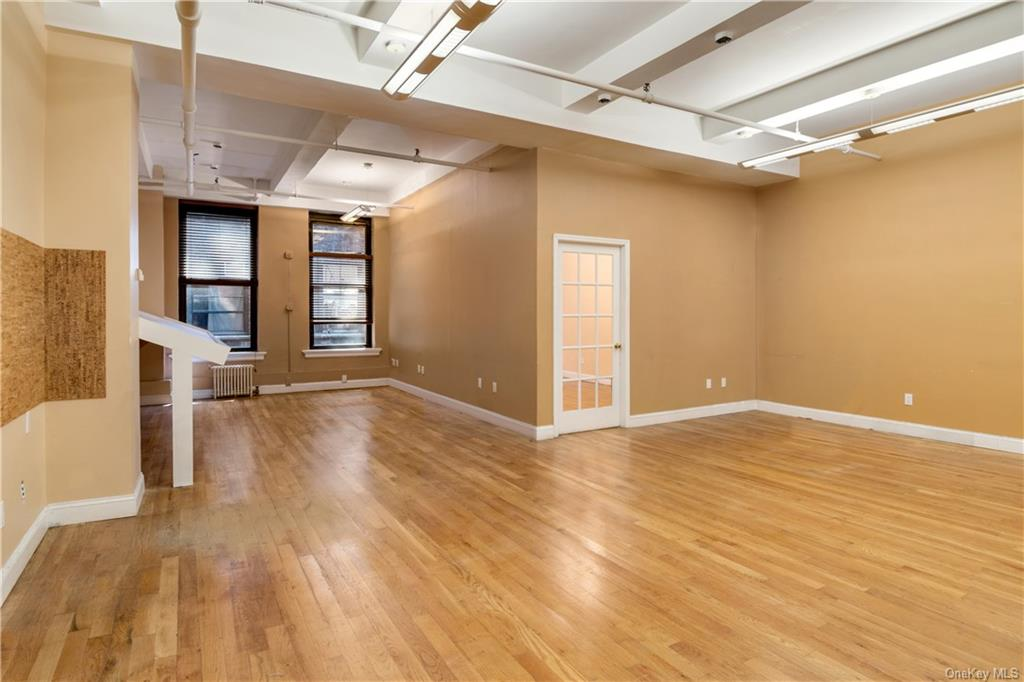 Commercial Lease 37th Street  Manhattan, NY 10018, MLS-H6137866-2